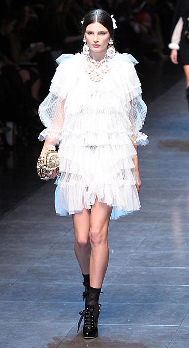 Dolce & Gabbana 2012 Abito Bianco e Scarpe Nere