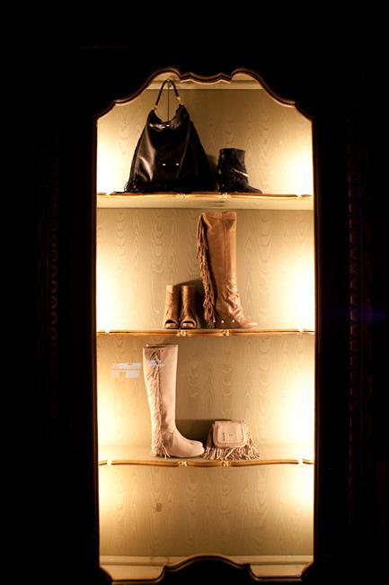 Elisabetta Franchi 2012 stivali showroom