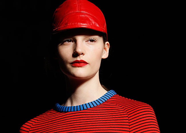 House of Holland total red