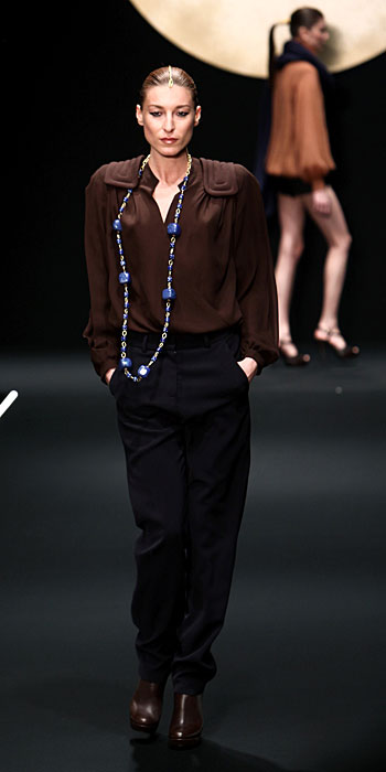 Krizia 2012 Maglia Marrone e Pantaloni