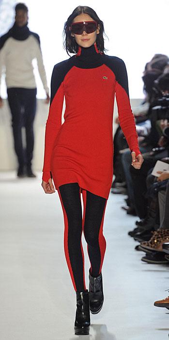 Lacoste - abito rosso occhiali sportivi