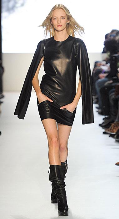 Lacoste - mini abito nero in pelle