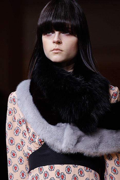 Marni 2012 2013 - collo pelliccia nero e grigio