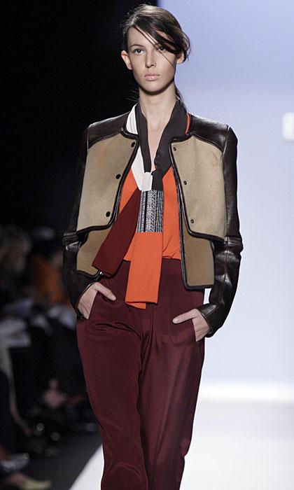 BCBG Max Azria - pantalone color prugna