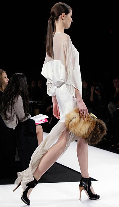 BCBG Max Azria - abito bianco con pochette
