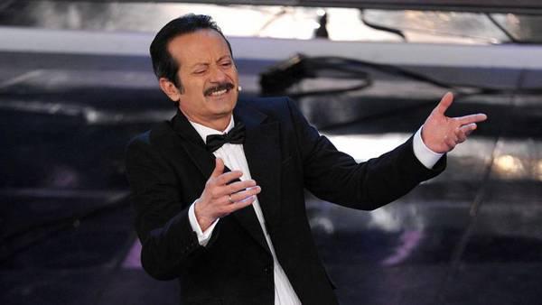 Rocco Papaleo canta