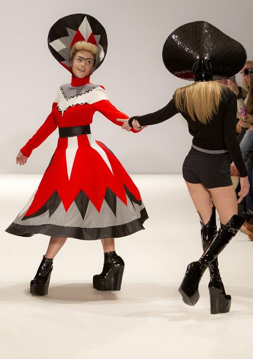 Pam Hogg -  scarpe con tacco nero
