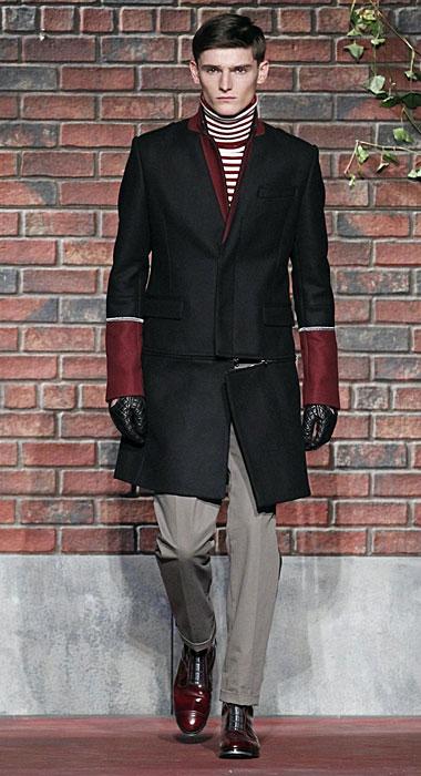 Tommy Hilfiger - cappotto con maniche rosse