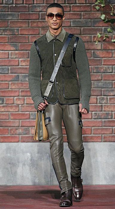 Tommy Hilfiger - giacca con zip e borsa tracolla