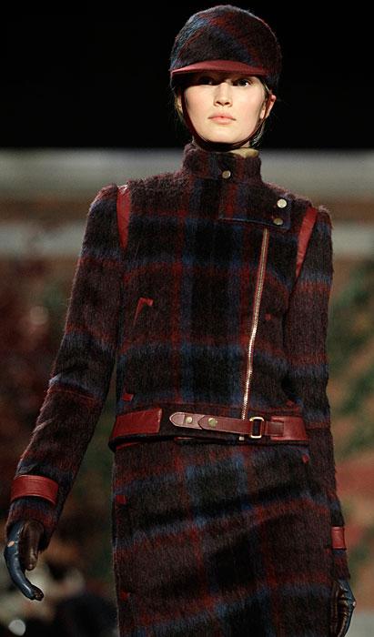 Tommy Hilfiger Donna -  completo scozzese con guanti