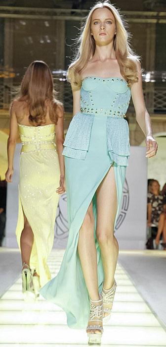 Versace - abito con spacco davanti