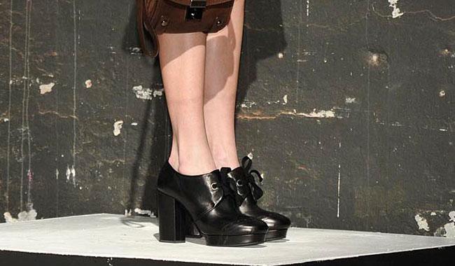 Vic Matie' 2012 2013 - scarpa con plateau nero