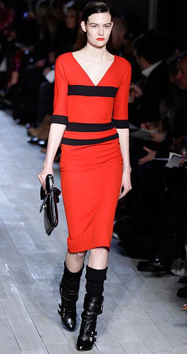 Victoria Beckham - abito con scollo a V rosso