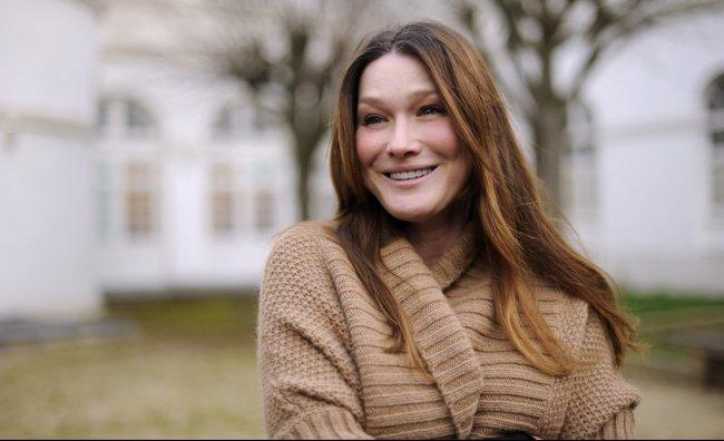 Carla Bruni teme per la salute del marito
