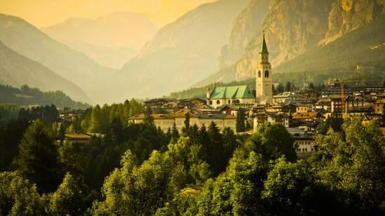 Il richiamo di Cortina anche in primavera