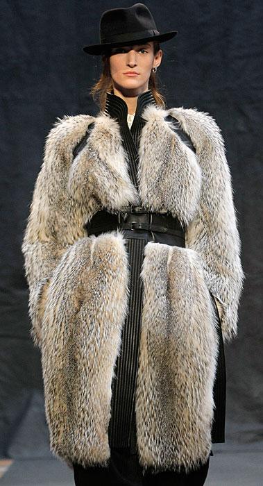 Hermès 2012 2013 - pelliccia con cinta