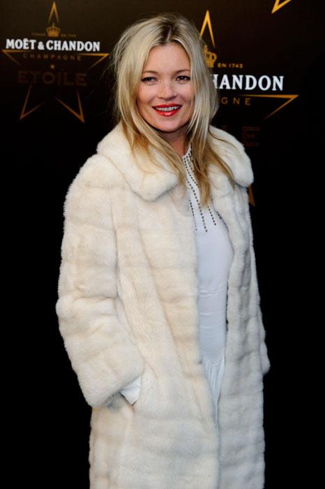 Kate Moss - pelliccia bianca