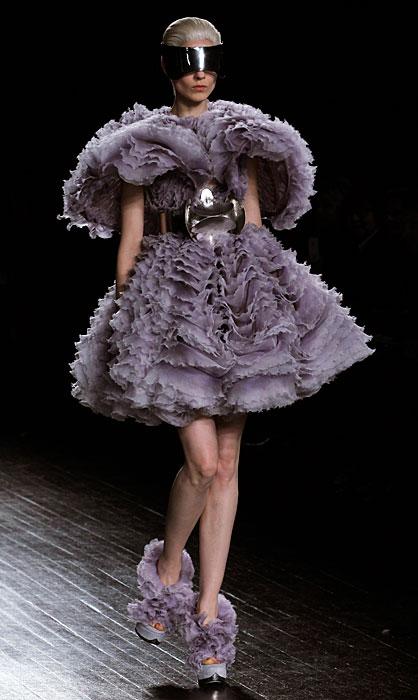 Alexander McQueen 2012 2013 - abito con cinta