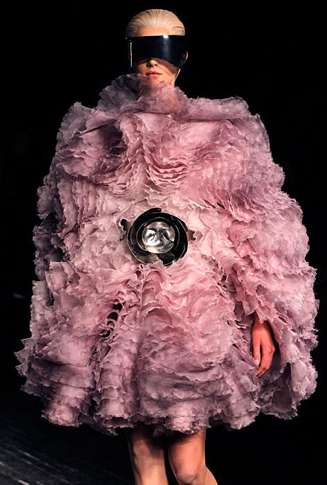 Alexander McQueen 2012 2013 - abito rosa