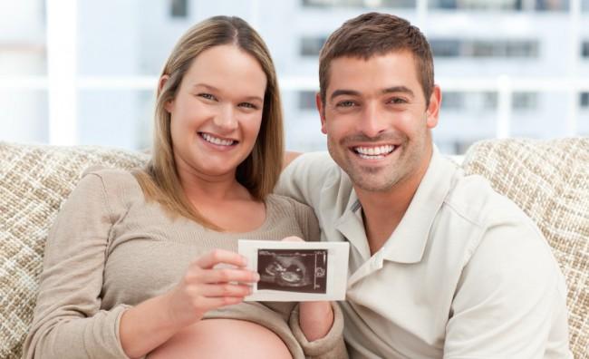 Ecografia, donna incinta