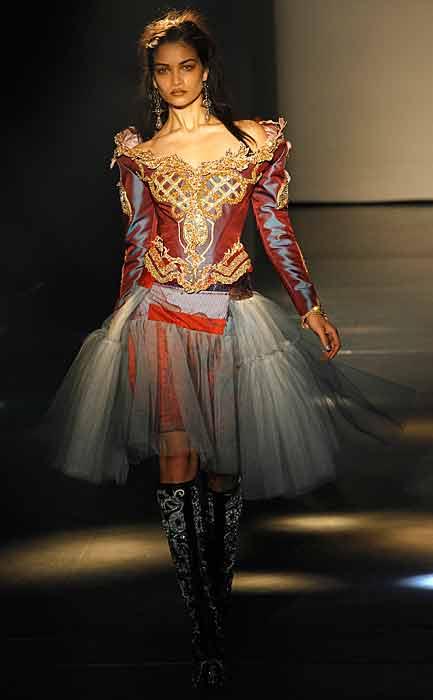 Vivienne Westwood 2012 2013 - gonna tulle
