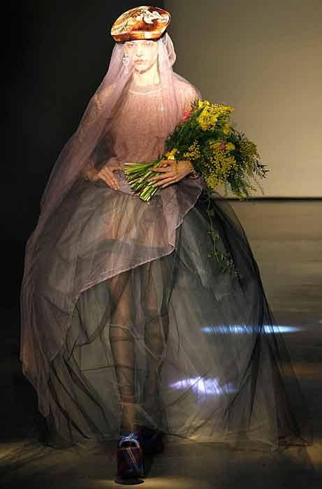 Vivienne Westwood 2012 2013 - velo lungo
