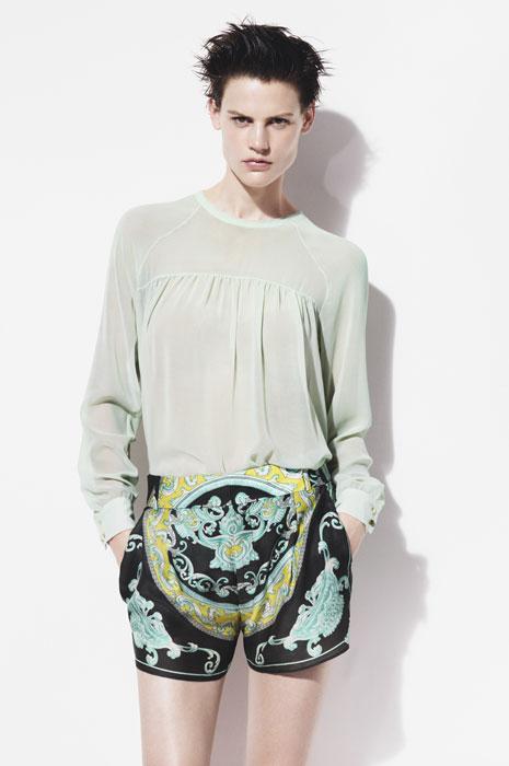 Zara donna - pantaloncino nero con stampe
