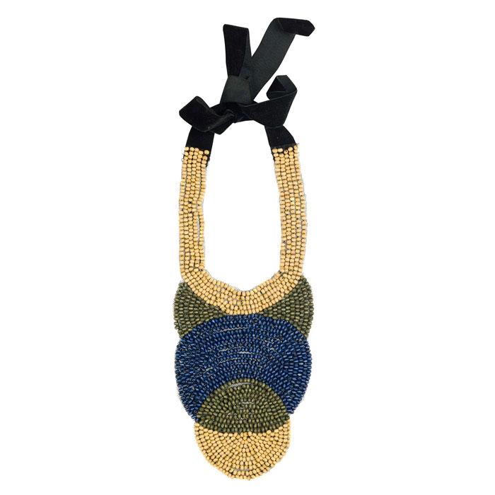Zara 2012 - collana con laccio nero