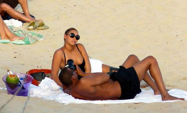 Beyoncé e Jay-Z in vacanza ai Caraibi