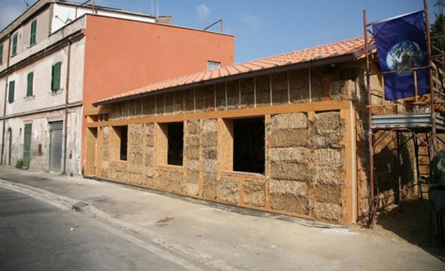 Casa di paglia, Roma