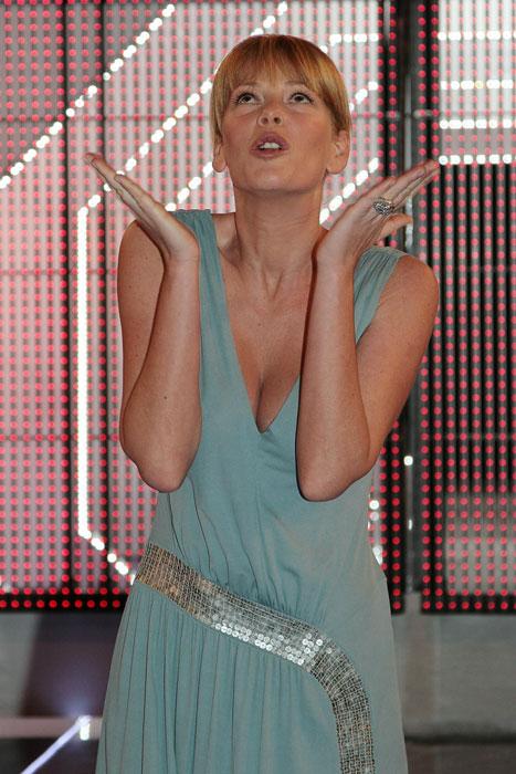 Alessia Marcuzzi - abito azzurro