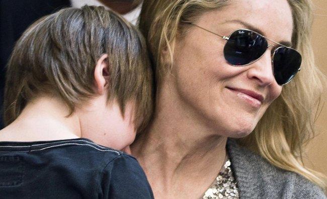 Sharon Stone superospite di Amici