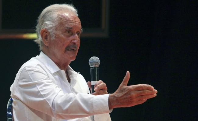 Addio a Carlos Fuentes, icona della letteratura latina