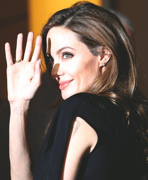 Allarme anoressia per Angelina Jolie