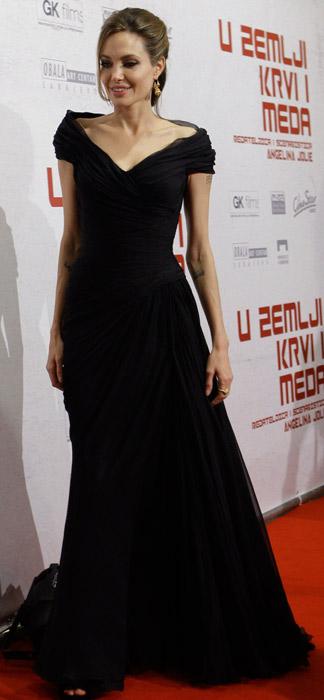 Angelina Jolie in abito da sera