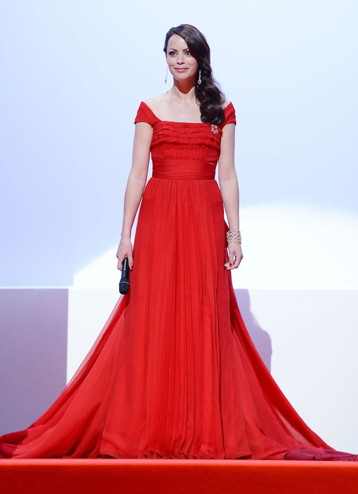 Berenice Bejo in Louis Vuitton
