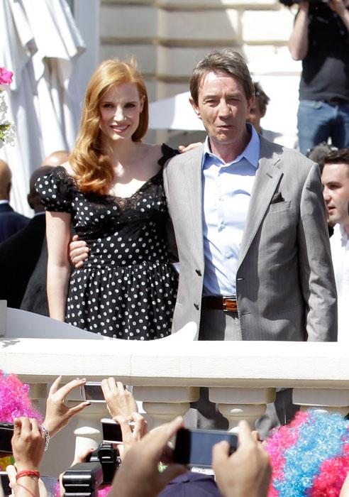 Martin Short e Jessica Chastain in Dolce & Gabbana