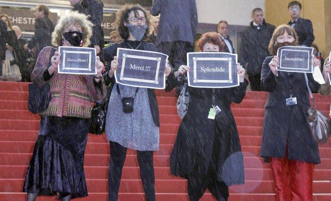 Festival di Cannes 2012 protesta femministe