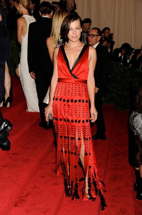 Milla Jovovich in Prada al MET Gala 2012