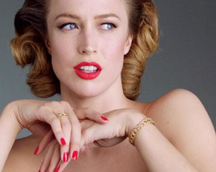 Raquel Zimmermann indossa gioielli My Dior