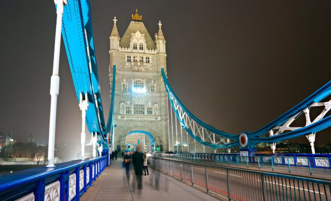 1800 led per il Tower Bridge