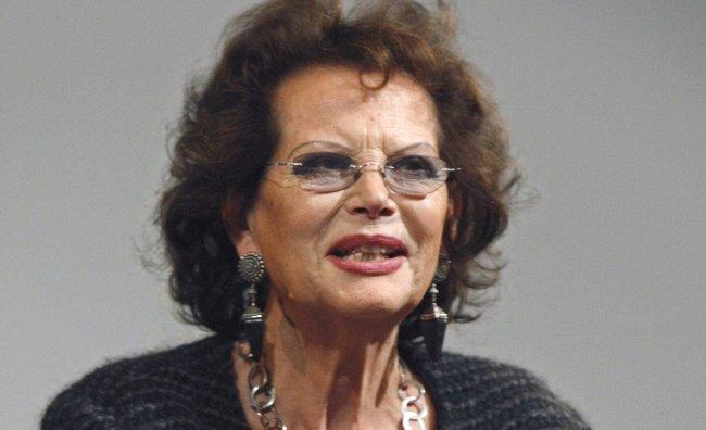 """Claudia Cardinale madrina della mostra """"Fuori dal set"""""""