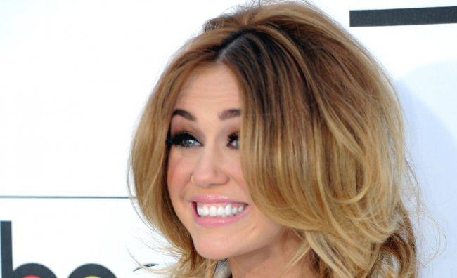 Miley Cyrus, 25 mila dollari al mese per il personal trainer