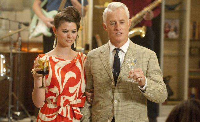 Jane Sterling (Peyton List) and Roger Sterling (John Slattery)