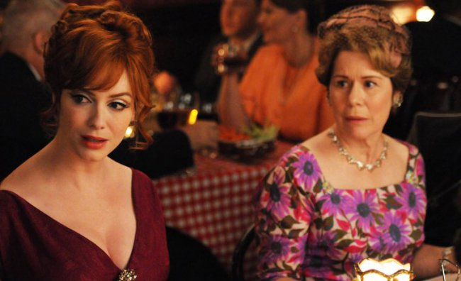 Joan Harris (Christina Hendricks) e Gail Holloway (Christine Estabrook)