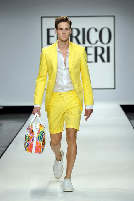 Completo giallo Enrico Coveri uomo
