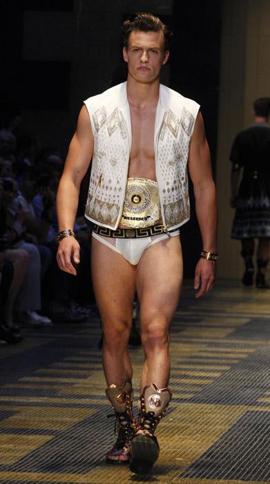 Sfilata Versace Uomo