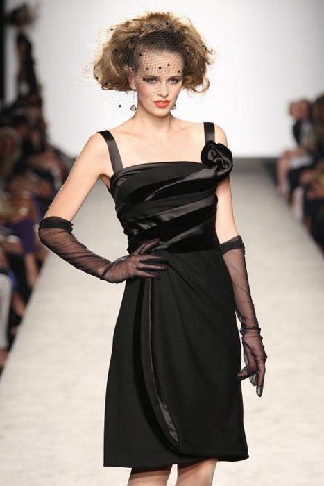 Raffaella Curiel - abito nero