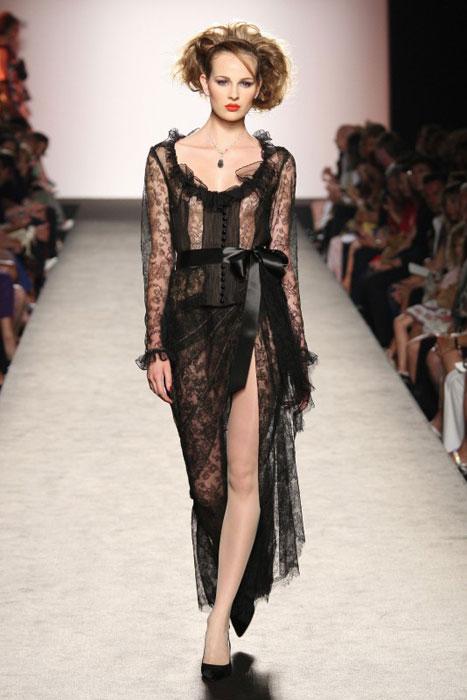 Raffaella Curiel - abito trasparente