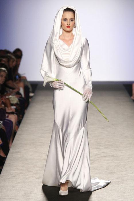 Raffaella Curiel - abito lungo bianco